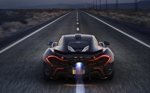 McLaren_P1 exaust
